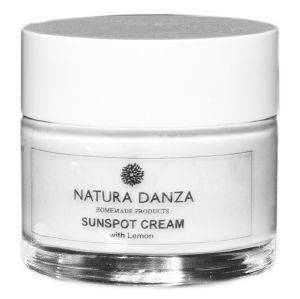 ΚΡΕΜΑ ΓΙΑ ΠΑΝΑΔΕΣ NATURA DANZA SUNSPOT CREAM WITH LEMON 50ML